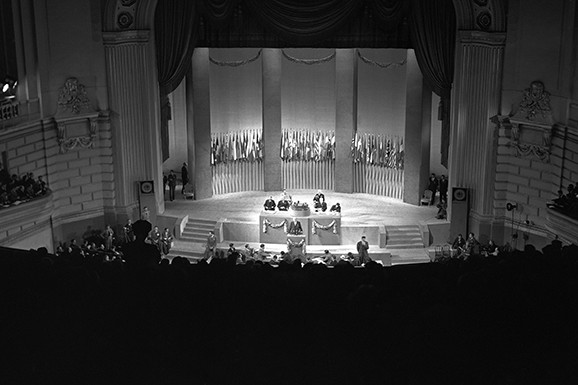 The San Francisco Conference on 26 June 1945, at which the United Nations Charter was signed. © UN Photo/Rommel