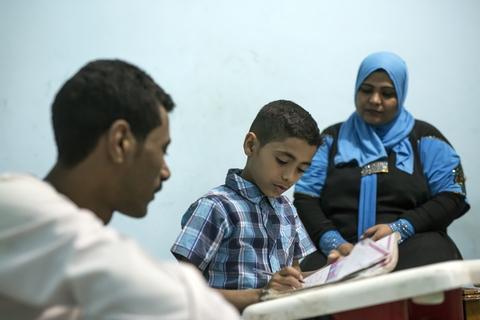 """أم أحمد: """"نريد الأفضل لما لدينا من أطفال.""""  © صندوق الأمم المتحدة للسكان- روجيه أنيس"""