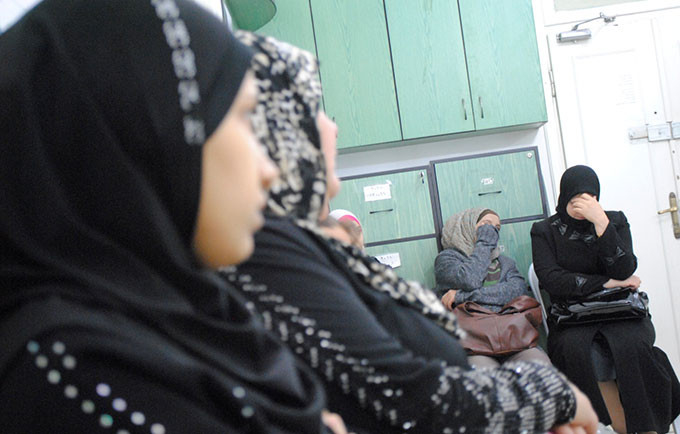 Violence against women takes place in every country and community in the world. Syrian women participate in a session on gender-based violence in Damascus. © UNFPA Syria/Hamada Smesem